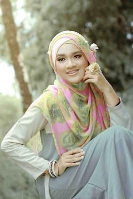 100 Foto Cewek Model  hijab Foto Cewek Model  hijab 2018 simple