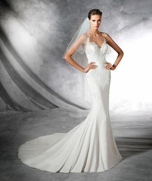 la moda me enamora : vestidos de novia 2017 pronovias corte sirena