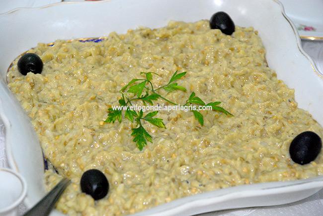 Ensalada de berenjenas o salata de vinete