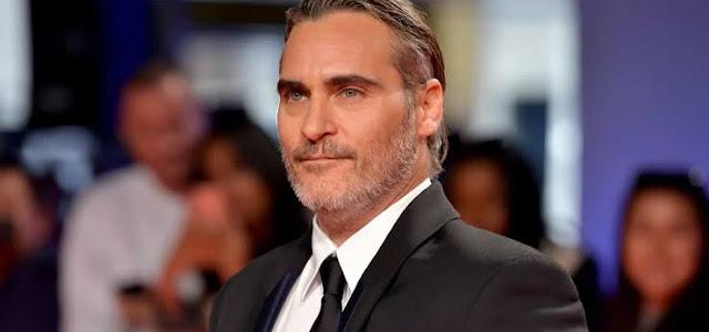 Joaquin Phoenix seria o Batman em filme cancelado de Darren Aronofsky