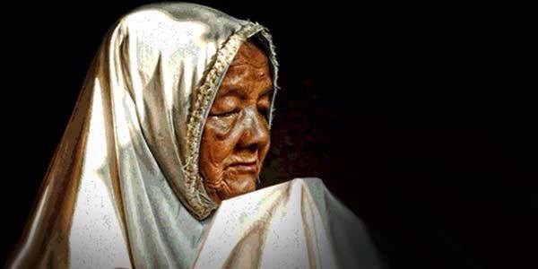 Puisi Ibu yang Sangat Menyentuh Hati