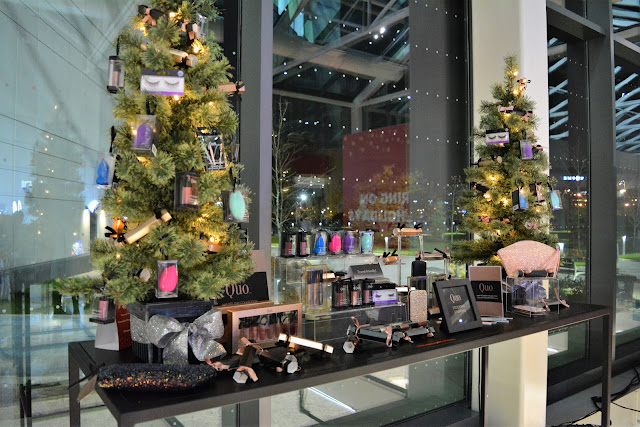 Quo Holiday Gifts Display