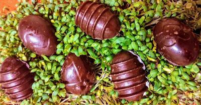 Wegańskie jajeczka marcepanowe - coś co każdy musi zrobic. Bez cukru, bez glutenu i wegańskie!