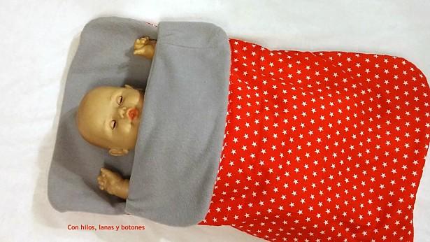 Con hilos, lanas y botones: Arrullo de estrellas con cremallera para bebé (patrón gratis de colours for baby)