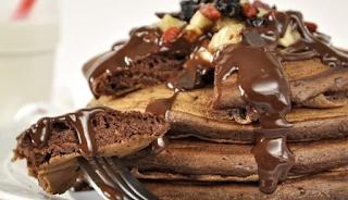 Πεντανόστιμες τηγανίτες σοκολάτας σε 5 λεπτά!