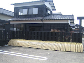 風通しの良い日本伝統の大和塀