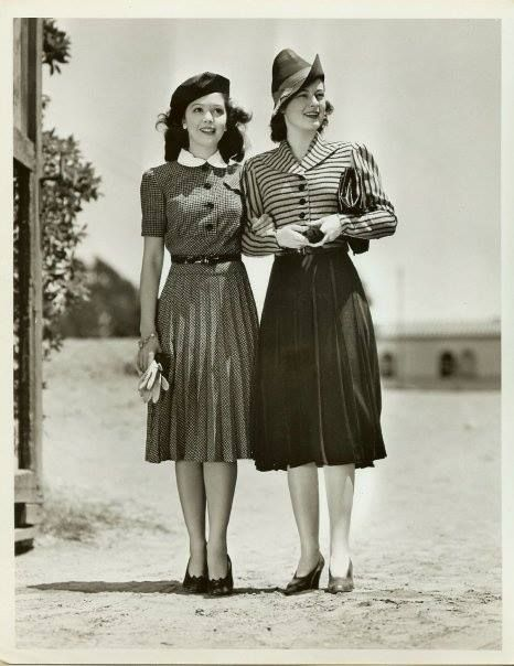 Turning the Page: Some Lovely 1940s Fashion