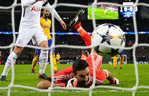 Gol Heung-Min Son ke gawang Gianluigi Buffon pada leg kedua babak 16 besar Liga Champions di Wembley Stadium