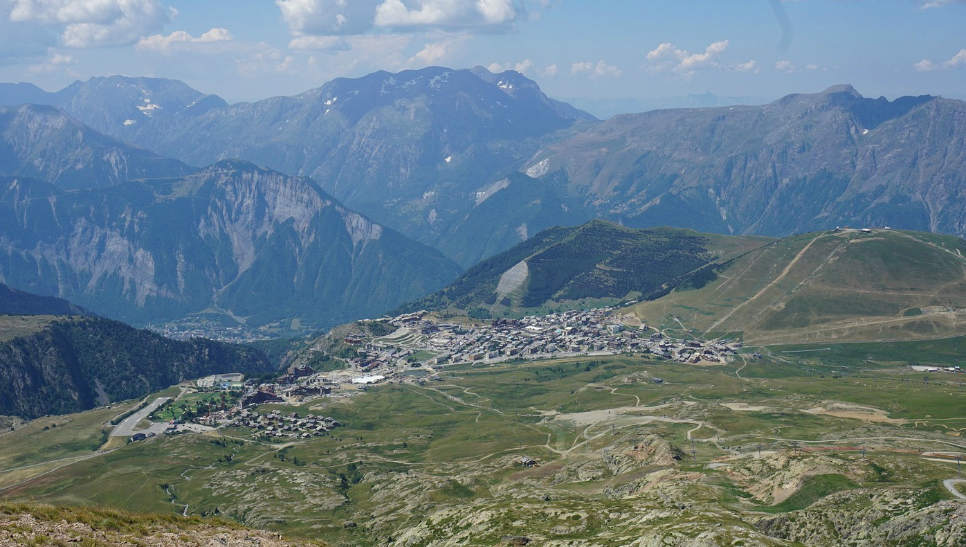 Alpe d'Huez seen from Col de Charbonnière
