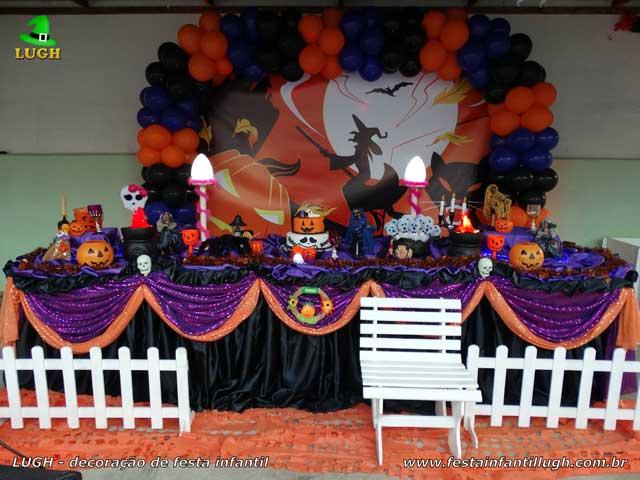 Mesa temática tradicional luxo de tecido - Decoração tema Halloween para festa de aniversário feminino