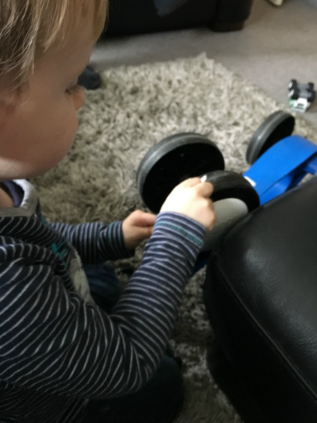 our-weekly-journal-13-feb-2017-toddler-playing-with-bike