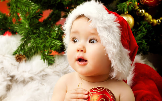 Cute Christmas Babies HD Wallpapers Free Download