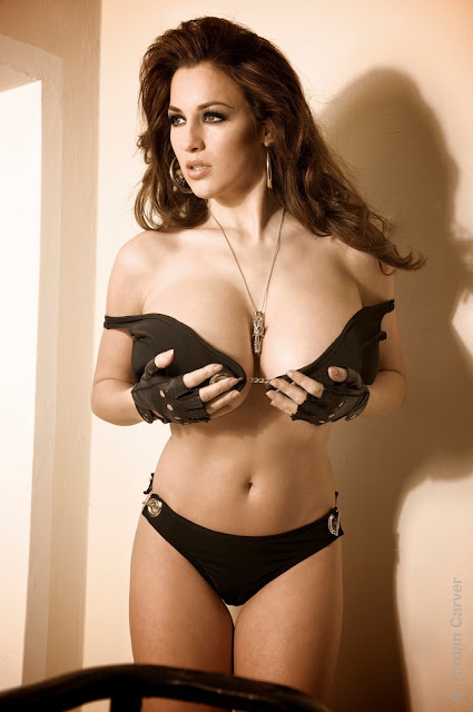 sexy-Jordan-Carver-sheriff-hot-wallpaper-16