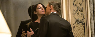 Monica Bellucci Daniel Craig sex Spectre