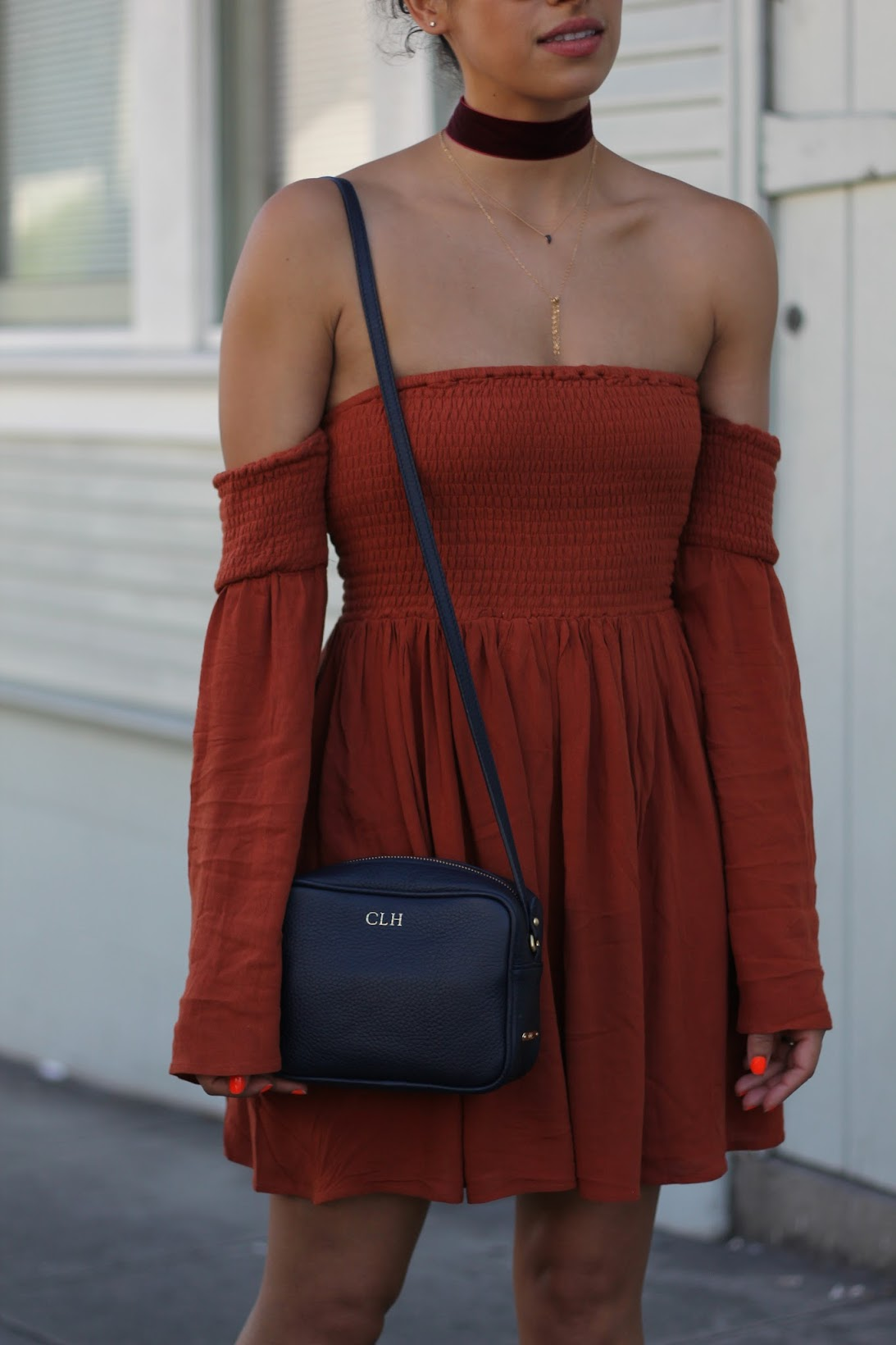 Tobi, tobi off the shoulder dress, pumpkin spice color dress, fall style, fall colors, Fall in San Francisco, Daisy's Fashion Garden, Tobi dress, Gap, SEE sunglasses, BaubleBar velvet choker