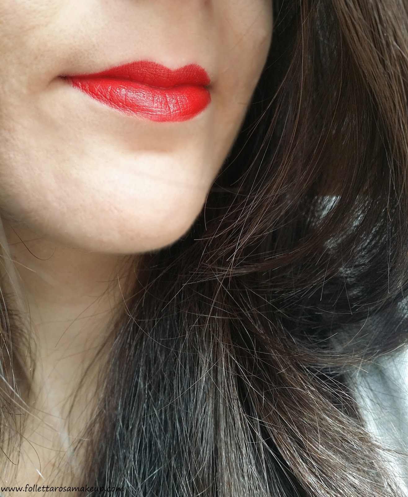rouge-charnel-chanel-swatch