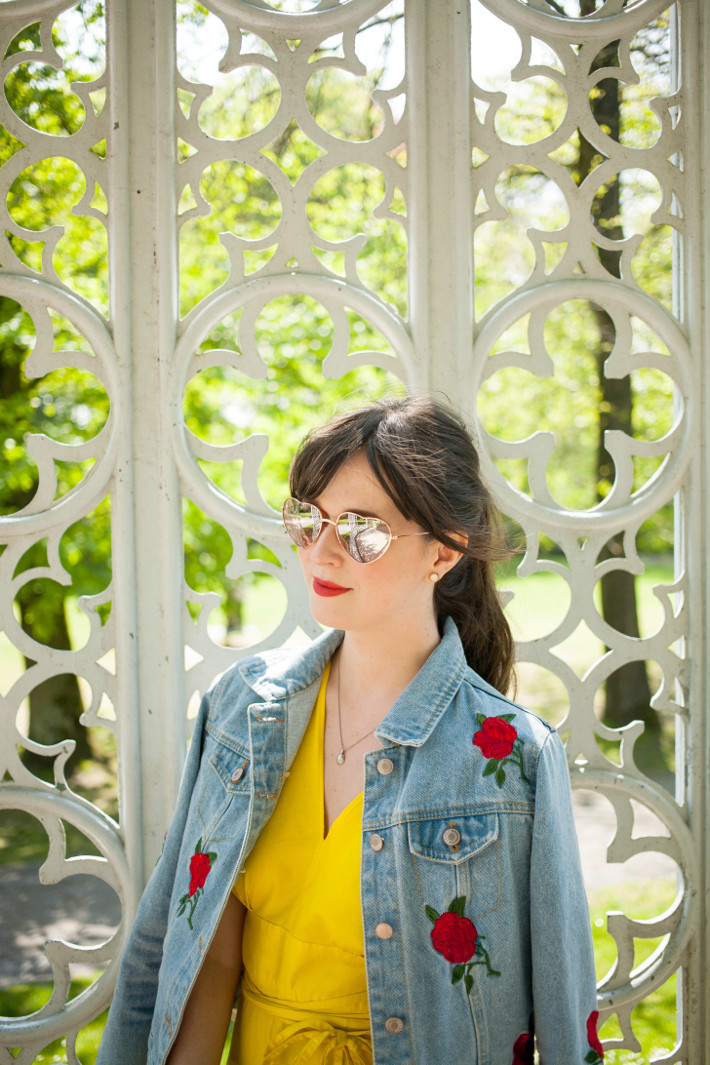 Outfit: vintage yellow dress, La La Land moment