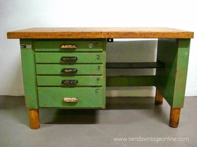 Comprar mesa de trabajo antigua. Bancos de trabajo industriales. Tienda de muebles vintage en valencia.