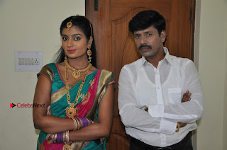 Uyirkkodi Tamil Movie Stills  0050.jpg