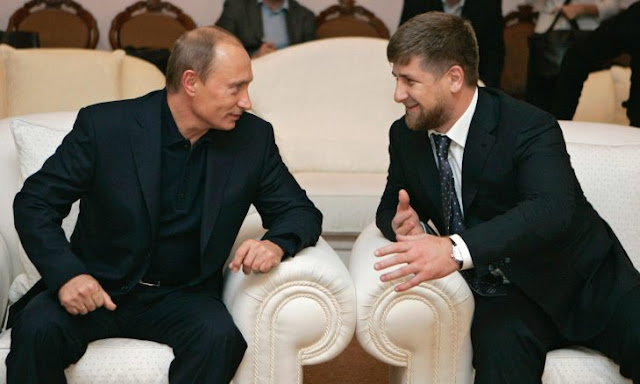 El tipo duro de Putin, el prodigio Ramzan Kadyrov que pelea con cocodrilos