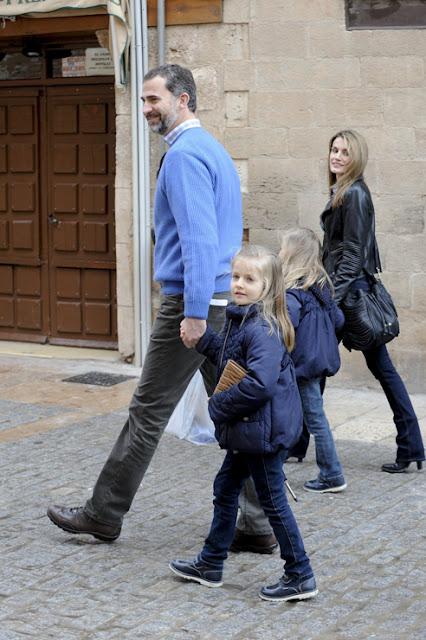 Prince Felipe and Princess Letizia visited Almagro