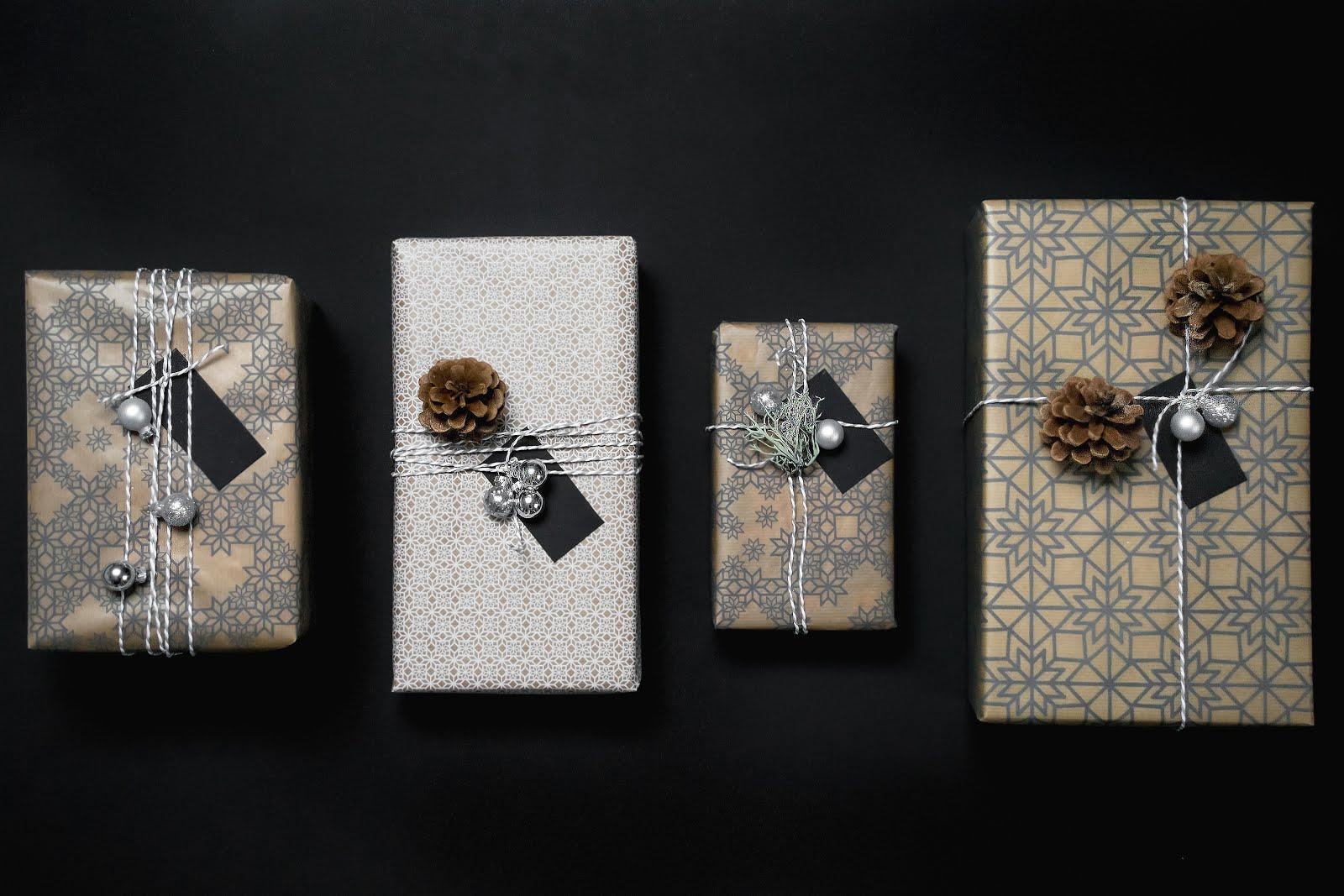 Ikea vinter 2017, Gift wrapping ideas, inspiration, inpak ideeen, simple, minimal, eenvoudig, dennenappels, interieur