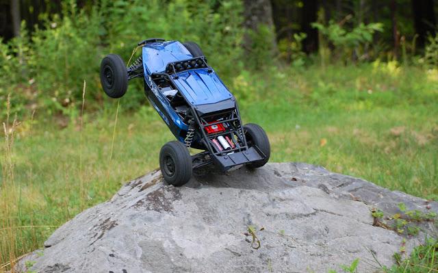 Axial Exo Terra rock crawling