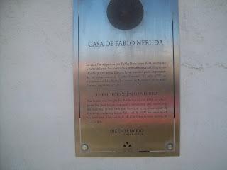 Tour Pablo Neruda