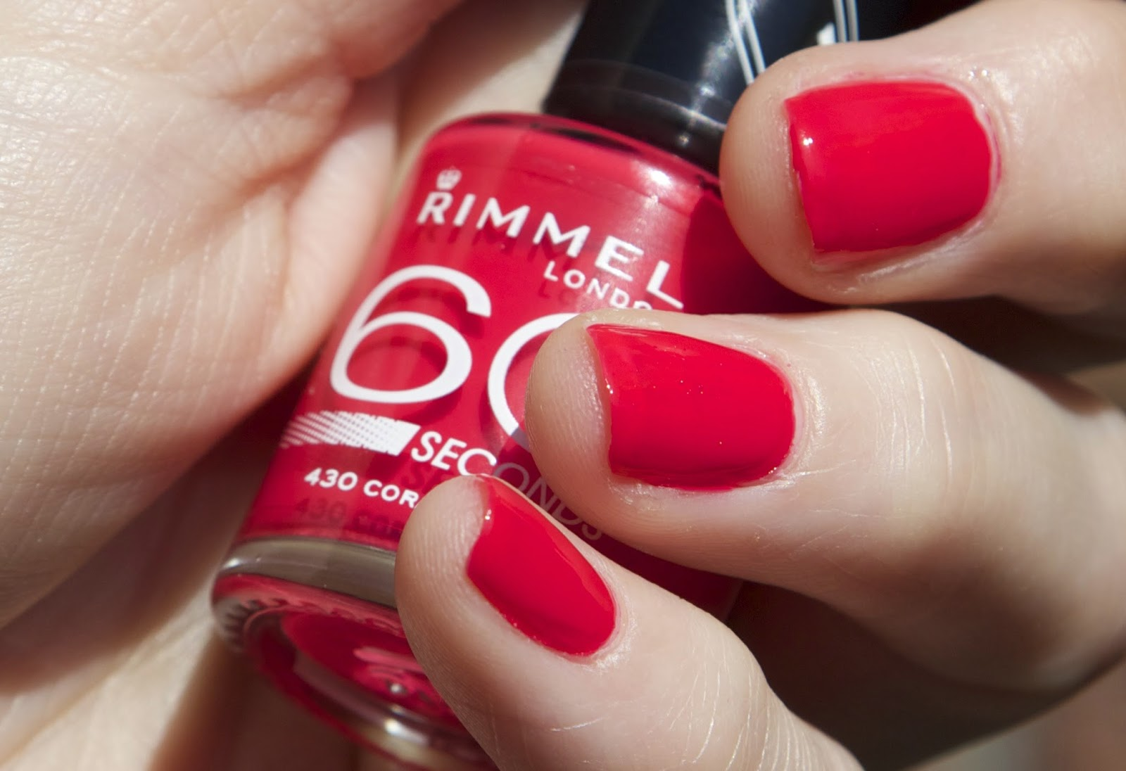 nagellak swatches rimmel essie long stem roses coralicious, ready aim paint review