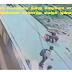 ( CCTV வீடியோ இணைப்பு ) ஒரு தலைக்காதல் விபரீதம். இளம்பெண்னை சரமாரியாக குத்திக் கொன்ற  இளைஞன்.
