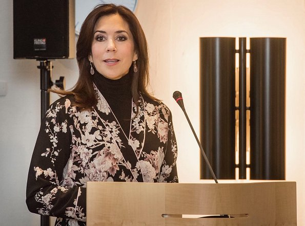 Responsibility and bottom line: Gender equality and women's health for businesses and investors. Crown Princess wore a floral print v-neck blouse