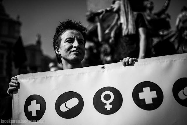 Demonstracja przeciwko zaostrzeniu ustawy antyaborcyjnej, Krakow, fot. Jacek Taran