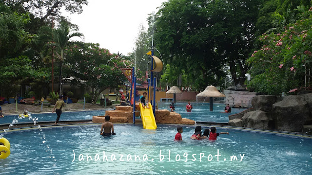 splash water park kota bharu