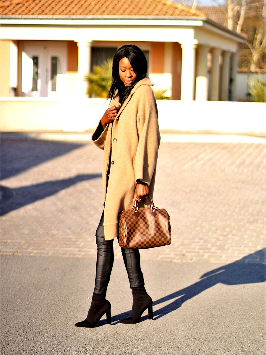 outfit-inspiration-bloggerstyle-black-camel-coat-louis-vuitton-bag