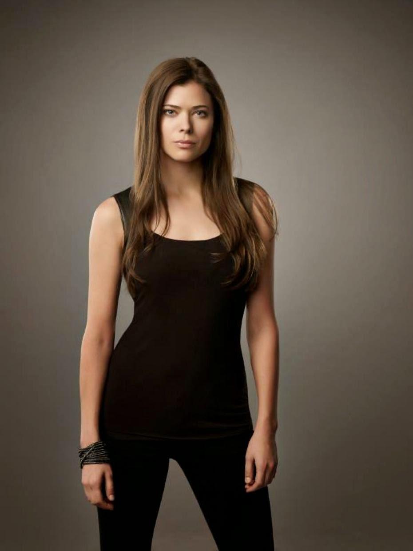 Peyton List será a Patinadora Dourada em The Flash - Mega ...