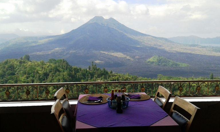 Istirahat Makan Siang Di Restoran Kintamani - Desa Penelokan Kintamani Bangli Bali, Liburan, Perjalanan, Objek Wisata