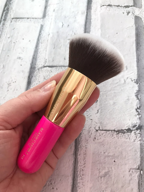 Blank Canvas Cosmetics - F01 Quick Brush