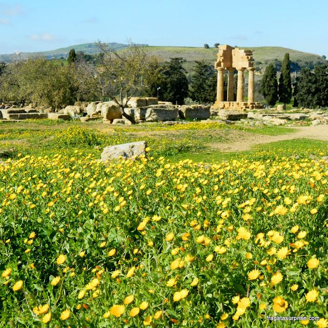 Templo de Castor e Pólux, no Vale dos Templos de Agrigento