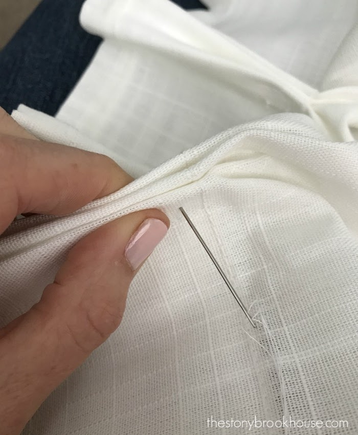 sewing pinch pleat
