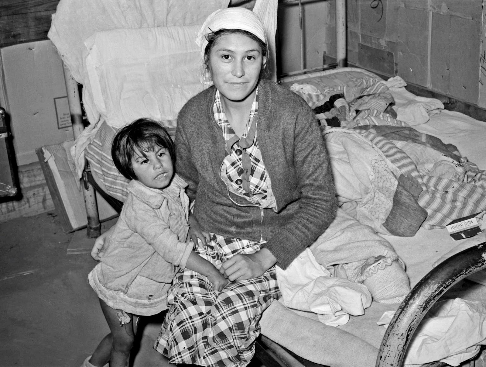History In Photos Russell Lee Mothers And Children