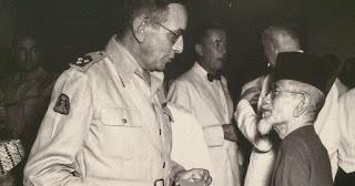 5 bukti kalau Haji Agus Salim bertubuh kecil tapi bernyali besar