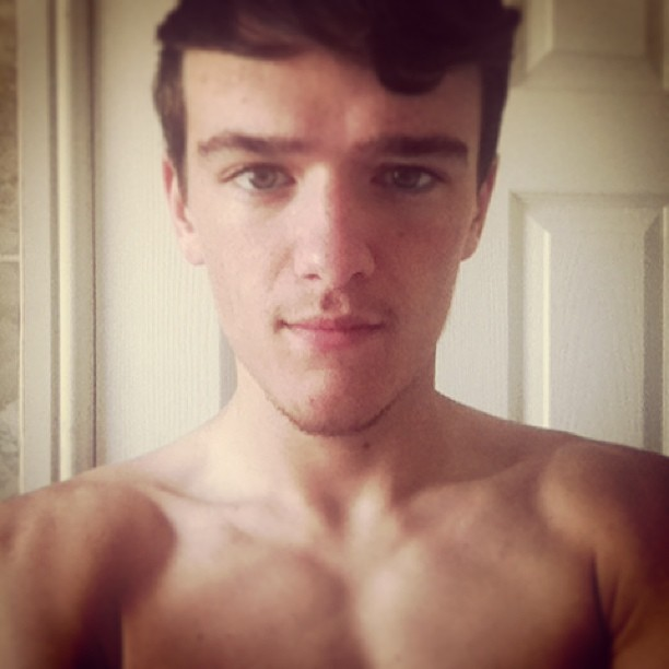 The Stars Come Out To Play: George Sampson - New Shirtless