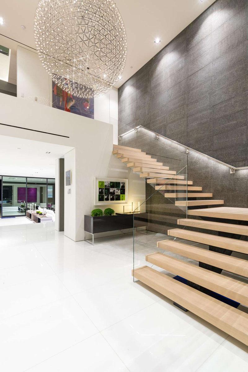Casas minimalistas y modernas escaleras modernas y - Escaleras para casas modernas ...