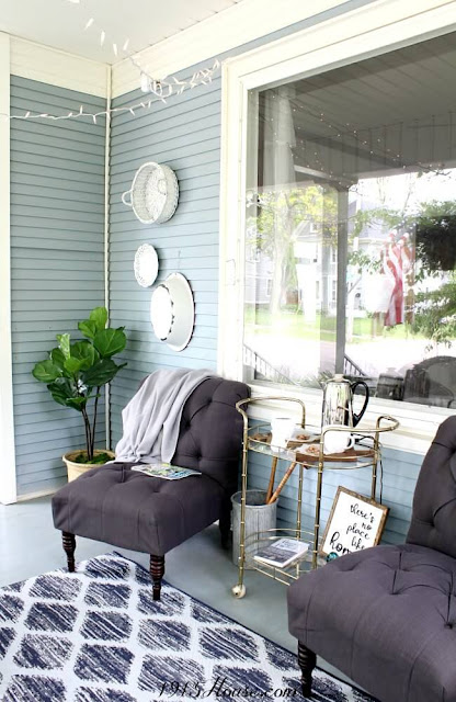 Farmhouse Style Easy Front Porch Makeover