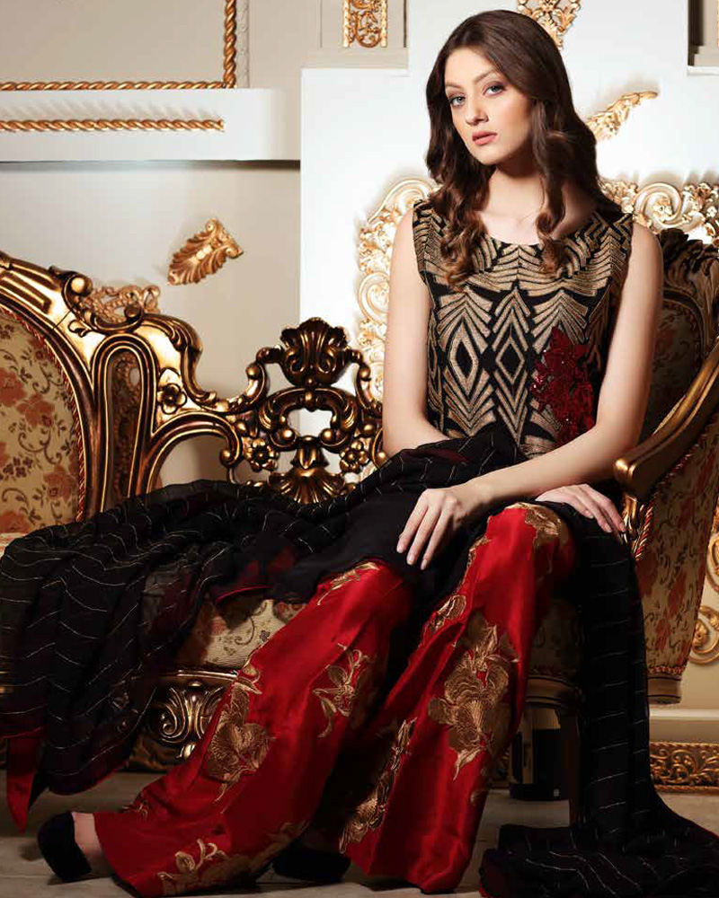 1e89751f4c Charizma 2017 Unstitched Signora Chiffon Collection Vol-3 Arabesque Fame  SC-24 with model Neha Rajpoot