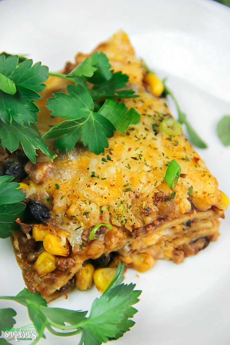Mexican Lasagna - Delicious and super easy #dinner #recipe. You can make it over the weekend for a quick weeknight meal..