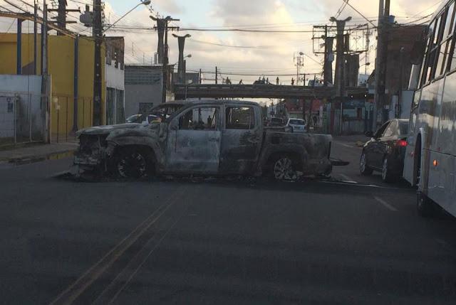 Bandidos explodem empresa de segurança Brinks e tocam terror na Zona Oeste de Recife (PE)