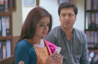 Manish informs Kartik about his involvement