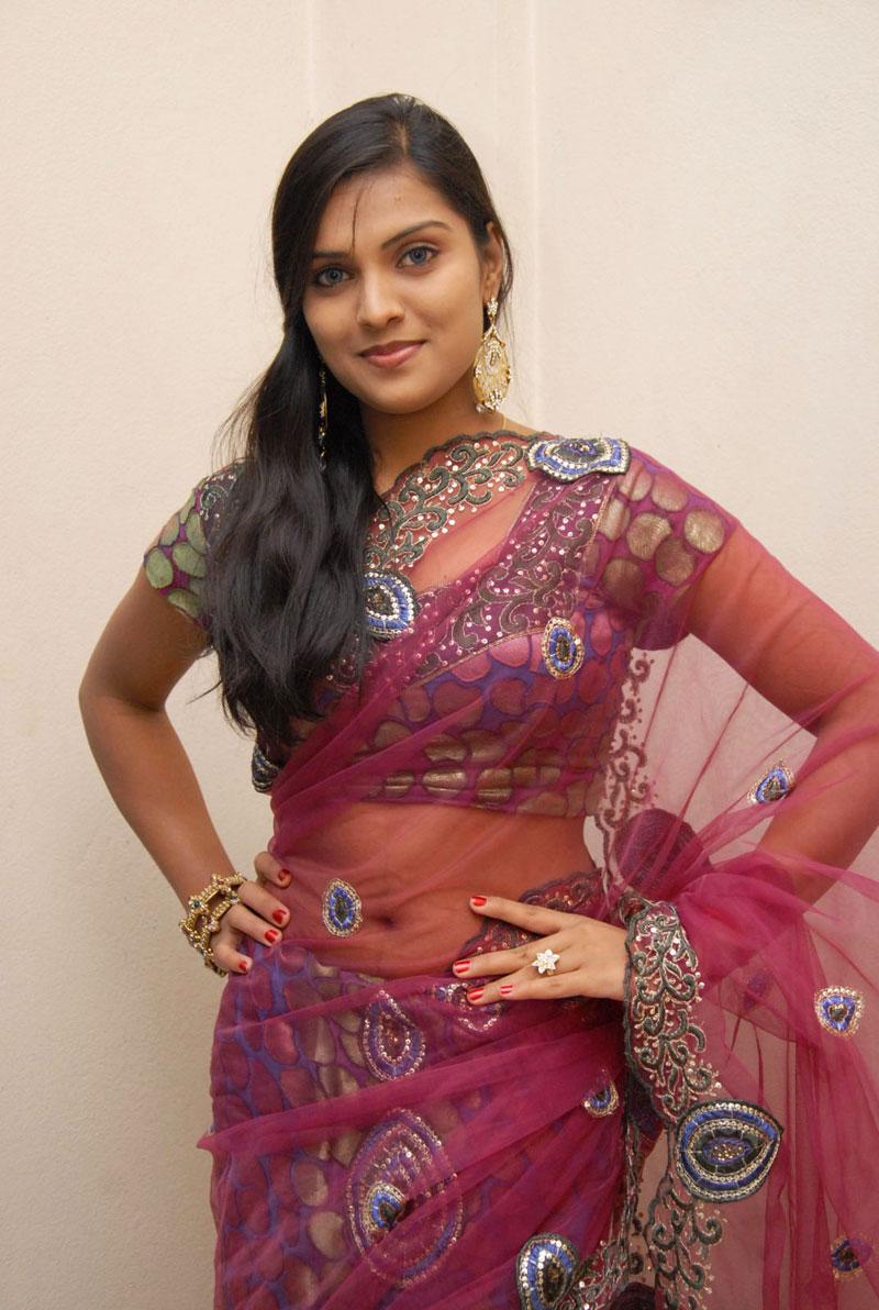Spicy Saree: New Actress Prakruthi Latest Hot Saree Stills In Spicy
