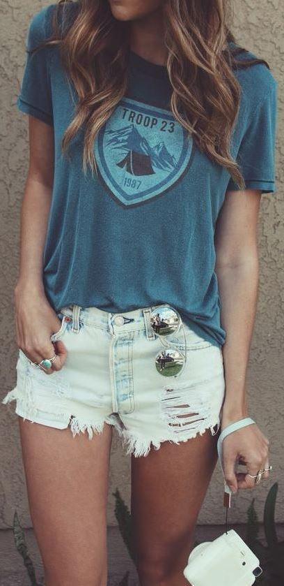 street style addict: t-shirt + shorts